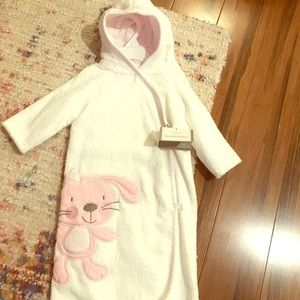 Baby girl robe. NWT. 0-9 months